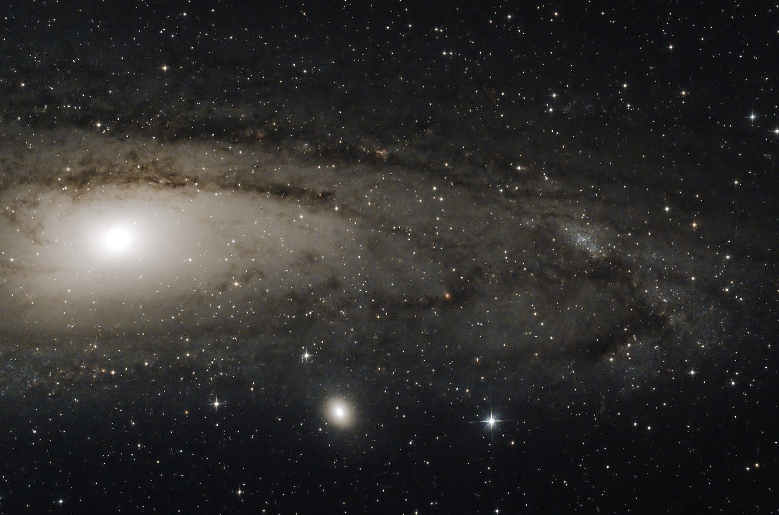 M31 tri-band