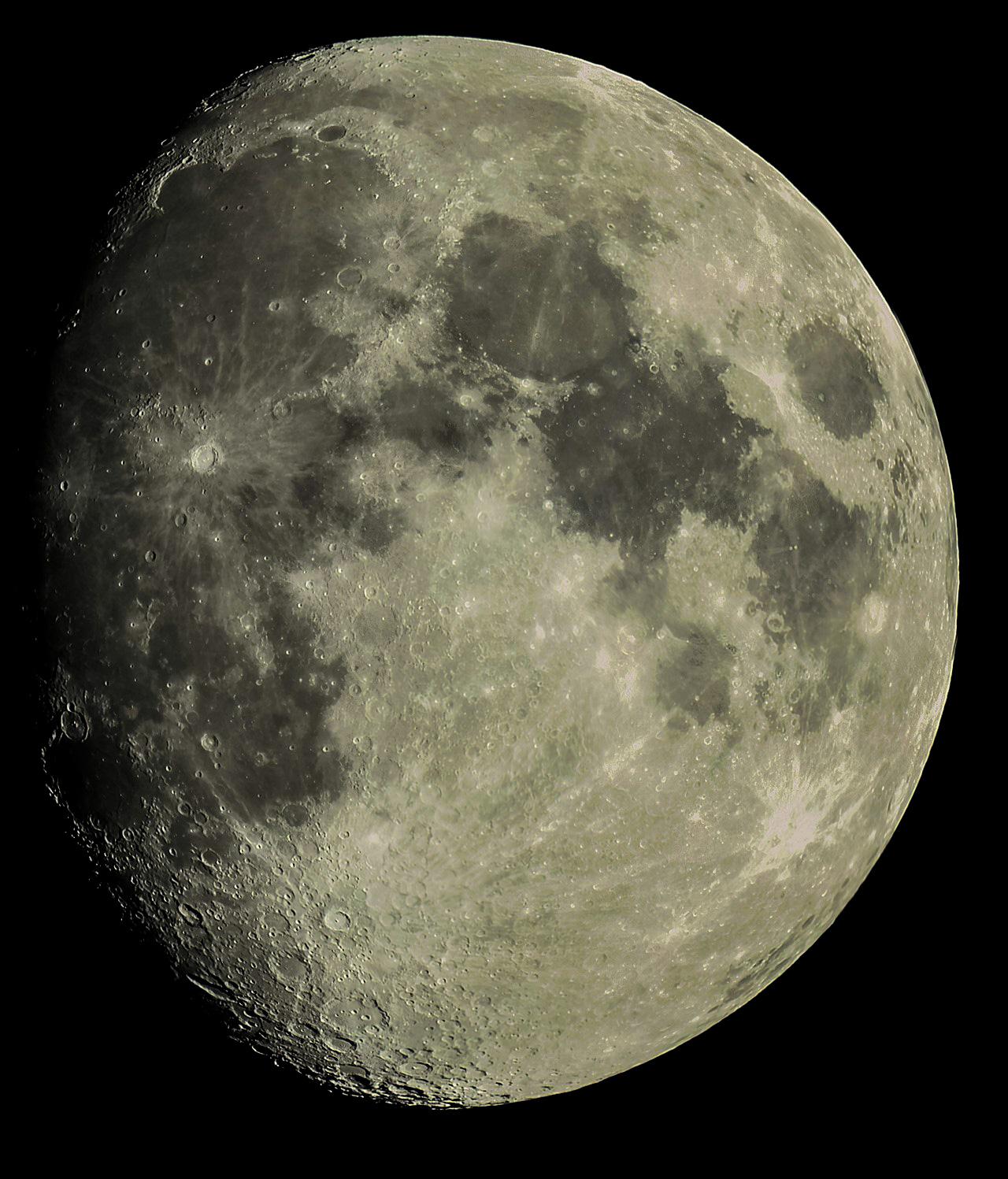 L01 Moon